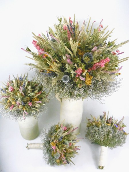 Hochzeitsstrauss Brautstrauss Grasstrauss Trockenblumen Floristik